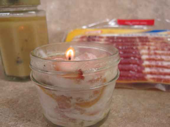 Bacon grease diy emergency candle.