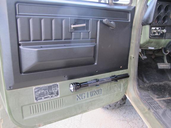 door-panel-mag-light