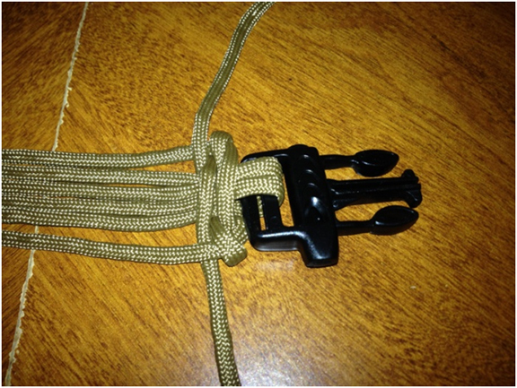 How To Make Paracord Belt This belt could save y...
