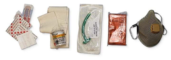 THE BEST BUG OUT FIRST AID KIT